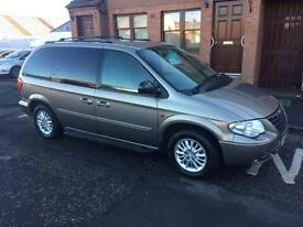 Chrysler voyager 2.8 diesel automatic 7 seater 05 Reg tow bar