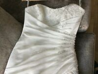 Stunning wedding dress with crystals and beading, corset back. train, size 12, very elegant dress