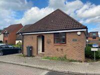 Modern bungalow to rent in Twickenham