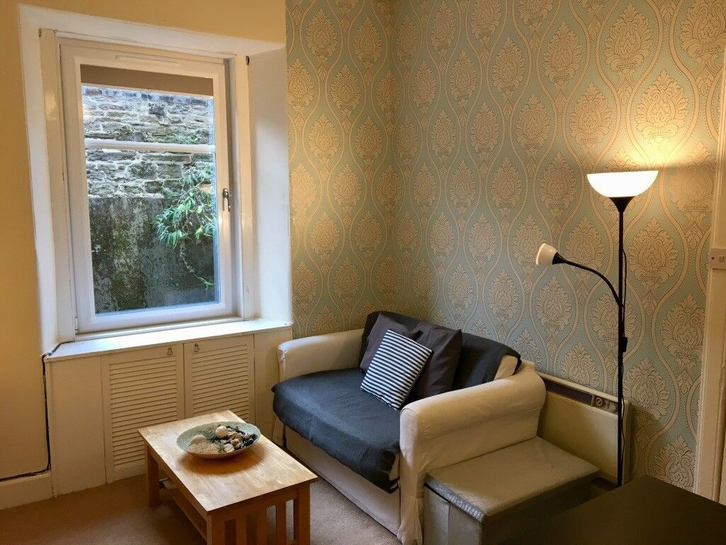1 BED FLAT - 22/12 to 05/01