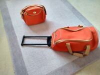 Small 2 Piece Holdall Trolley Case