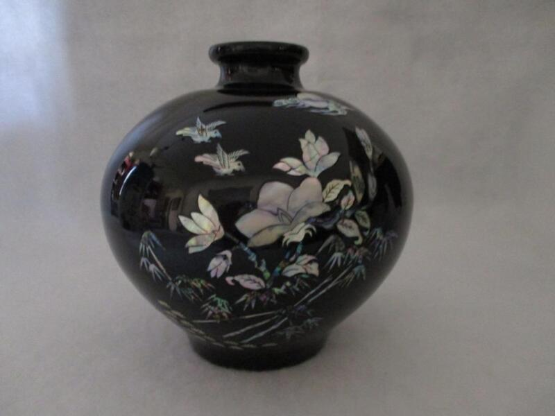 """Black Porcelain Abalone Shell Inlay with Birds & Floral Design Vase 8""""t Gorgeous"""