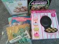 cake maker, icing equipment and stand £19 NEW