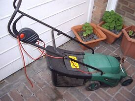 Qualcast Lawn Mower - £5, but make an offer as must sell! (not working -sold for spares or repair)