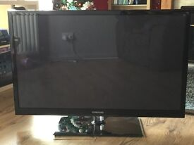 "43"" Samsung 3D TV with 3D Glasses"
