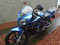 Honda CBR 125 r 5