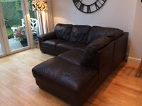 LOVELY LEATHER CORNER SOFA - Dark Brown Leather - Good Condition
