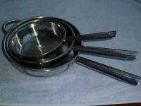 3 deep fry pans. 30cm, 26cm, 22cm