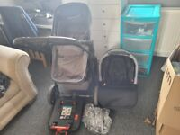 Ikkle Bubba Travel system and Isofix base
