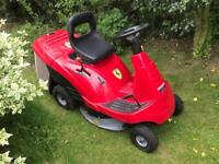Honda 1211H Ride on mower (Nearly new condition)