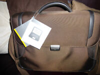 Samsonite Laptop/Briefcase- New excellent bag.