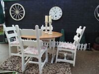 SOLID PINE FARMHOUSE DROP LEAF DINING TABLE WITH 4 SOLID PINE FARMHOUSE DINING CHAIRS