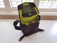 Camera Bag Crumpler 5 million dollar home, Fits a Canon EOS or Nikon D body plus lens & accessories