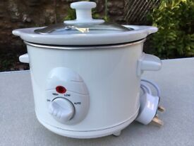 Brand new Wilko Functional Slow Cooker