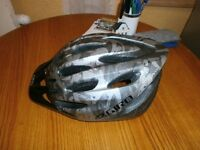 Mens Giro Venti Bike Helmet ( Mint Condition )Size L/XL.