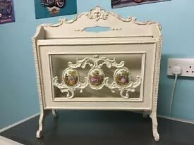 Shabby chic magazine rack