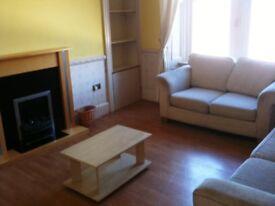 Glasgow West End - 2 Bedroom Furnished Flat - £695pm.