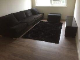 2 Bedroom furnished Flat Chesser £850pcm Suit Post Graduates or Professionals