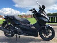 HONDA FORZA 125 -2015 TOP OF THE RANGE HONDA TOURING SCOOTER -SPOTLESS-FINANCE ETC £2850
