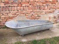 VINTAGE old galvanised bath metal bath tub / Washing Farm Large