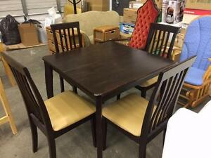 Set of Cherry face Square top Dining Table with 4 Matching Chairs - Used -