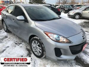 2013 Mazda MAZDA3 GS-SKY ** HTD SEATS, BLUETOOTH **