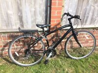 """Specialized Globe 17"""" bicycle mint condition"""