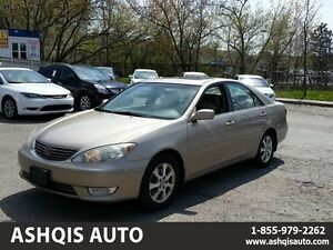 2005 Toyota Camry XLE Leather seats Sunroof