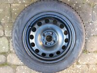 4 practically new steel wheels with vredestein snowtrac winter tyres