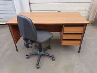 Quality office desk 3 drawers with office chair