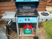 Gas Barbecue with separate side burner good condition