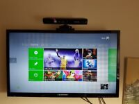 Xbox 360S Console 250GB + Kinect + 4 Controllers + 4 Games