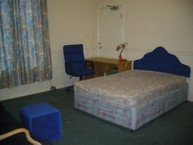 6 Large Clean Rooms to Let - Situated Close to Uni/College - £275pcm including bills