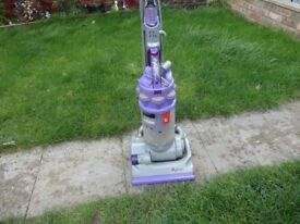 move and grey dyson dc014 model in good working oirder