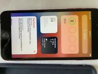 Apple iPhone 8 Plus 64Gb Red Unlocked