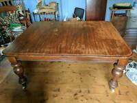 Victorian solid oak dinning table