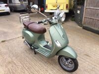 Vespa LXV 125cc excellent condition