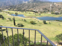 FRONT-LINE GOLF. 3 BED/3BATH PENTHOUSE. MALAGA. Sauna, Gym, Communal Pool. 30mins from Malaga.