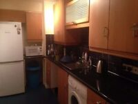 5 bedroom house in Greenford, UB6