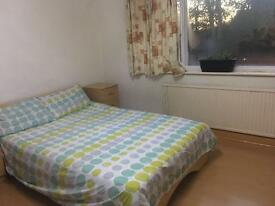 Double bedroom in a clean family house share in Moseley all bills included