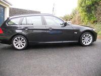 BMW 318D SE BUSINESS EDITION Tourer in stunning Black