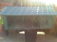 outdoor rabbit hutch 4ft length 30 pound