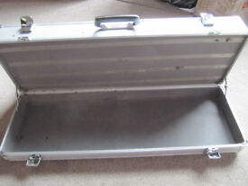 Large silver heavy duty aluminium metal travel/flight case 2 tier - £20