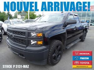 2015 Chevrolet Silverado 1500 WT*5.3L+V8*BLACKOUT EDITION MAG 20