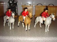 seven hunting ornaments