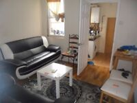 3 Bedroom Property Located in Regent Street, East Reading, furnished, GCH, DG, permit parking
