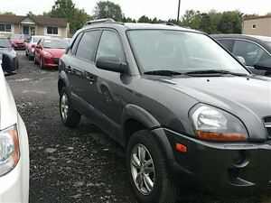 2009 Hyundai Tucson GL - Local Trade - Managers Special London Ontario image 2