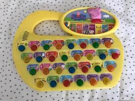 Peppa Pig phonics activity laptop toy - lights and sounds