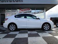 2013 Mazda MAZDA3 GX XM Radio