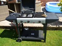 GAS BARBECUE FOR SALE ///NOW SOLD.NOW SOLD